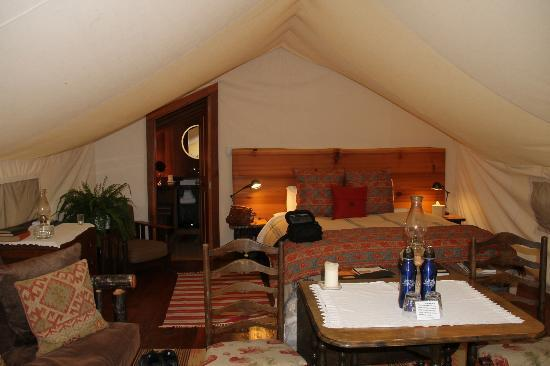 Clayoquot Wilderness Resort: Tent # 3---notice the thermostat near the bed. Loved the gas stove!