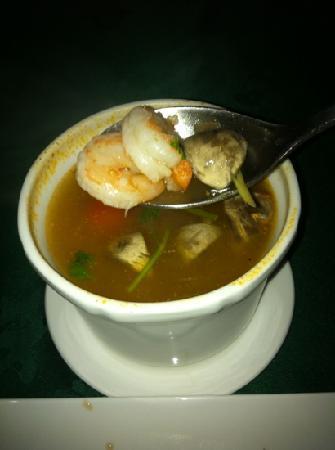 Gulf Royal Chinese Restaurant : Tom Yum Soup