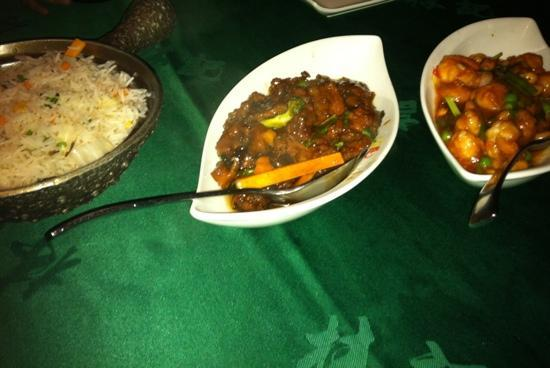 Gulf Royal Chinese Restaurant : vegetable dried rice - beef with oyster sauce and shrimp with cashew