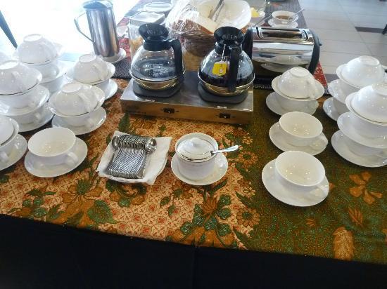 Jewels Hotel: coffee and tea