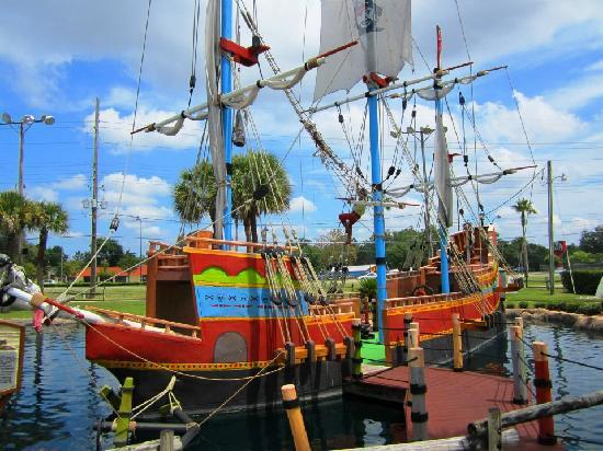 Pirate's Island Adventure Golf: Pirate's Island, Kissimmee