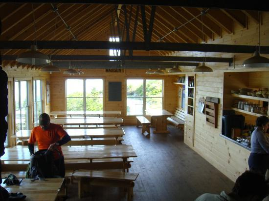 Lakes of the Clouds Hut: The dining area.