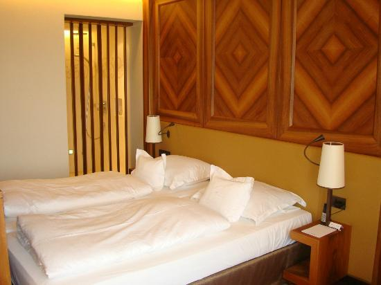 Wald & Schlosshotel Friedrichsruhe : Bedroom