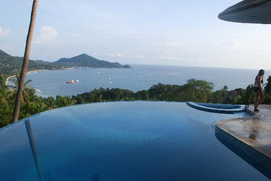 Monkey Flower Villas: amazing views 24/7
