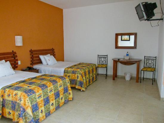 Hotel Maria Jose: room