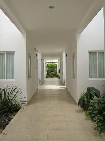 Hotel Maria Jose: corridor, 1st floor