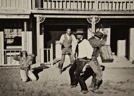 Tombstone Gunfighters: Tombstone Old West Theatre, Action Packed Show