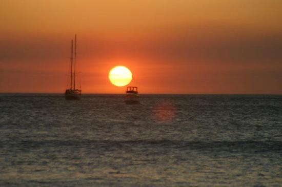 Hotel Villa Amarilla: How would you like to end your day with this....