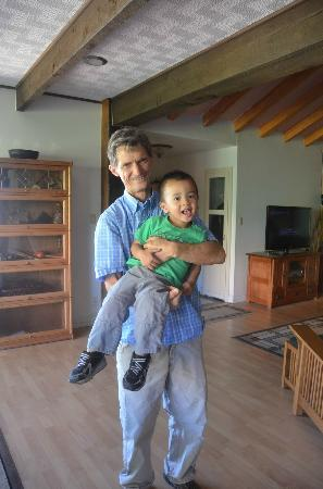 Canyon Vista Lodge - Bed & Breakfast: Alan (The Host) with our son Kyle