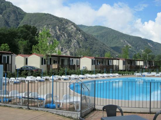 Residence Conca d'Oro: Pool & bungalows