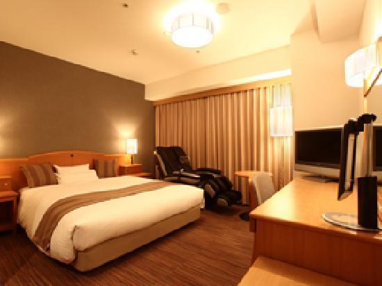 Okayama Koraku Hotel: Double Room with Massage chair.