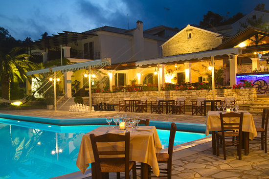 Capasa Restaurant By Paxos Club