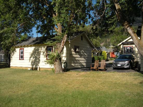 Totem Motel : Cottage #6