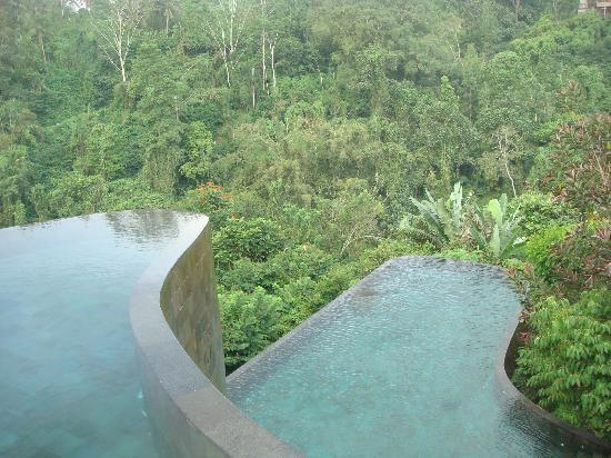 Hanging Gardens of Bali: Two level pool