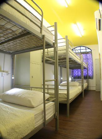 Footprints Hostel: 6 Bed Mixed Dorm: Fits: 6 People Room Luxuries: Part 64