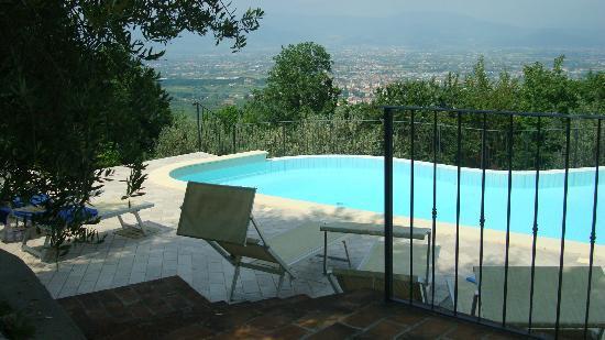 La Rocca Del Maestrino: View from the pool.