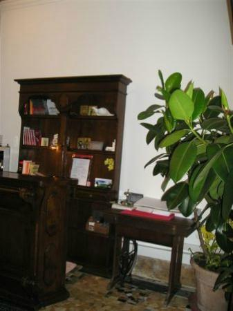 Albergo Dante: hotel