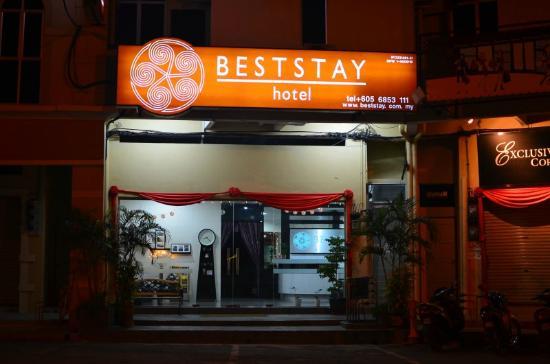 Best Stay Hotel Pangkor Island: BestStay night view