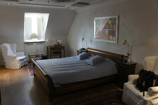 Master Johan Hotel: Room 405