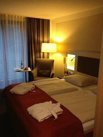 Dorint Resort An den Thermen Freiburg: Chambre aménagée avec goût