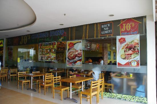 JO's Chicken Inato Restaurant: Front of Jo's Chicken Inato