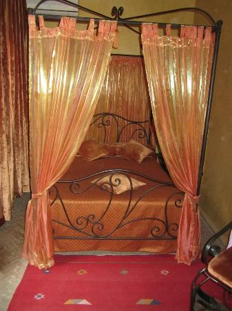 Riad Dama: Bedroom