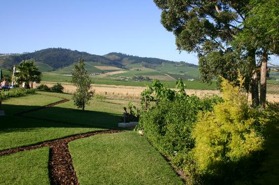 Allegria Guesthouse: View from garden