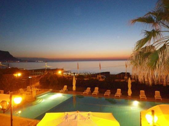 Hotel Sirenetta : view by night