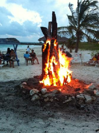 Taino by the Sea: Bon fire