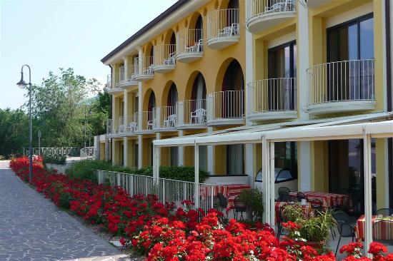 Hotel Europa - Ristorante al Pontile: Hotel Europa