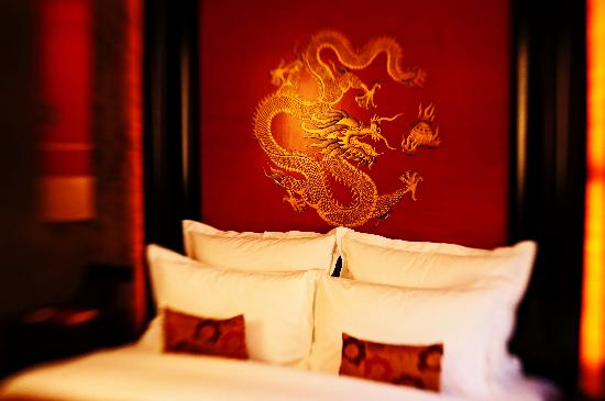 Buddha-Bar Hotel Prague_bed