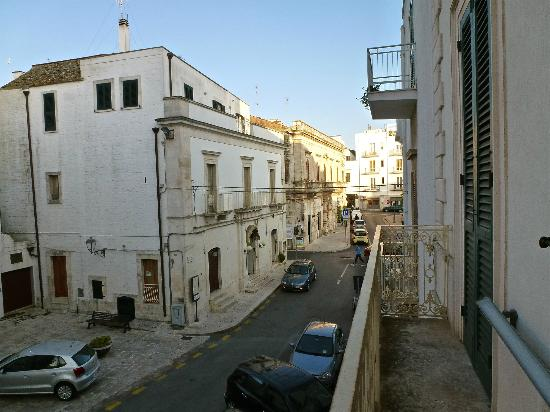 Lanzillotta Hotel : dal balcone