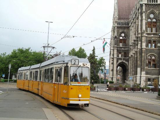 Tram Number 2