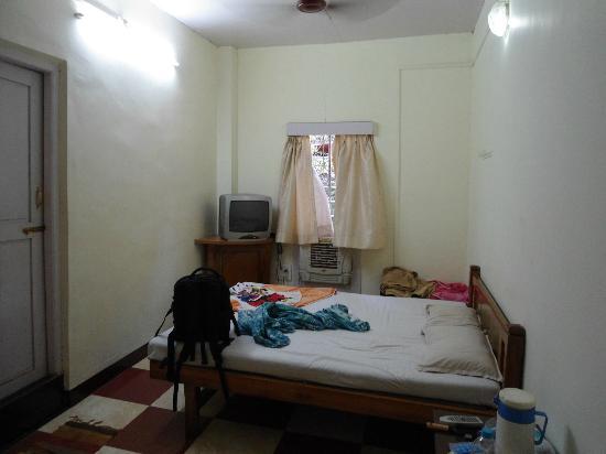 Hotel Woodlands Matheran: Room