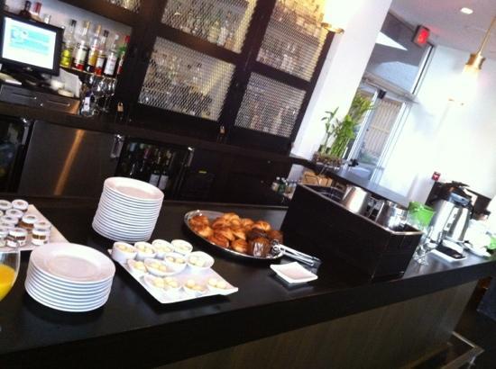 The Hotel Modern: breakfast