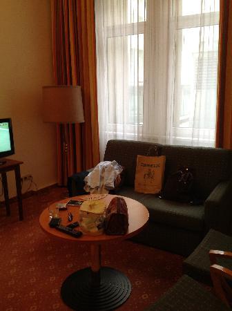 Das Opernring Hotel: particolare della stanza 100