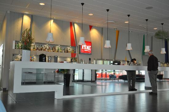 Park Inn by Radisson Malmo: hotel lobby