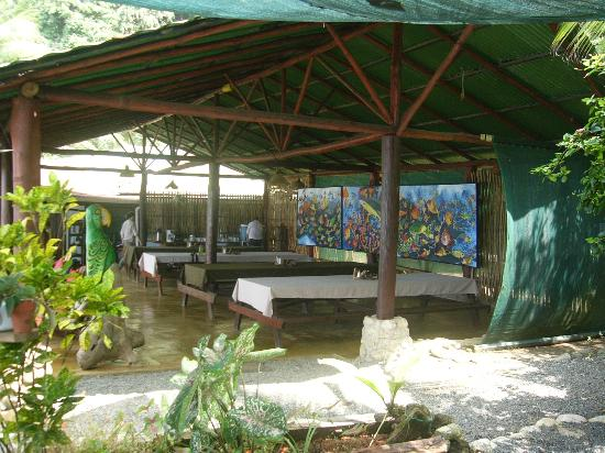 La Leona Eco Lodge: Dining area