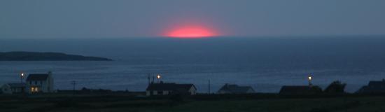 Clonmore Lodge: red sun at night - fishermen´s delight