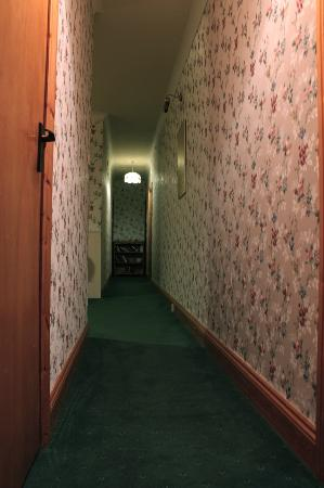Clonmore Lodge: lovely wallpapers