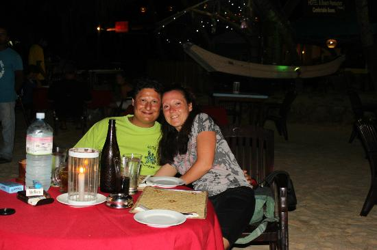 Tartaruga Hotel & Beach Restaurant: cena romantica al Tartaruga sulla spiaggia