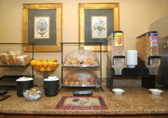 Eurotel Inn: BREAKFAST