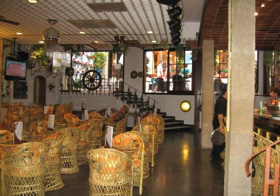 Hotel Neptuno & Apartments : Lounge and bar