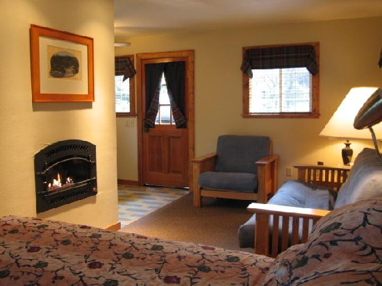 Highlands Resort : Deluxe Studio Cabin