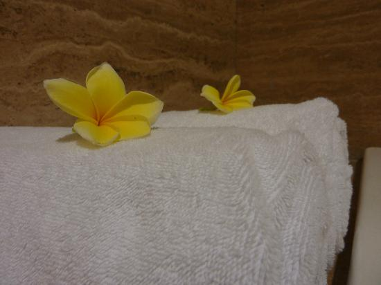 Mercure Padang: bathroom - the nice detail