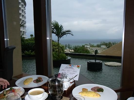 Okinawa Spa Resort EXES : マリオットに泊まった時にも天を利用してしまいました。