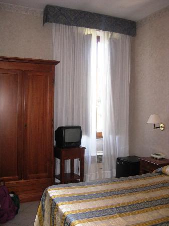 Hotel Moderno: stanza