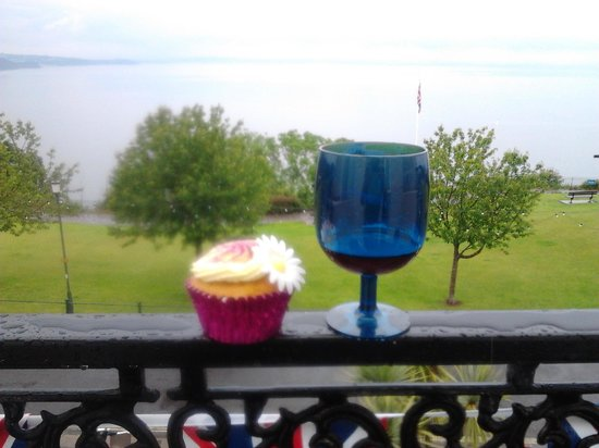 The Downs, Babbacombe: on the balcony