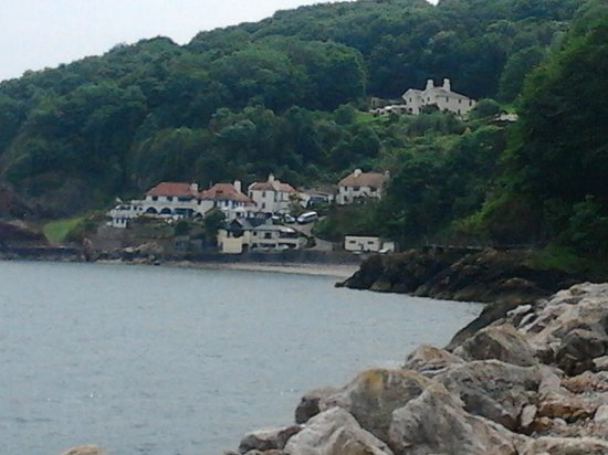 The Downs, Babbacombe: the beach and carys arms