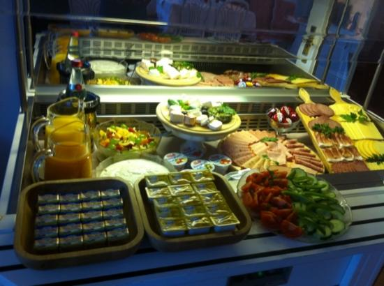 Parkhotel Atlantic: Fabulous breakfast buffet